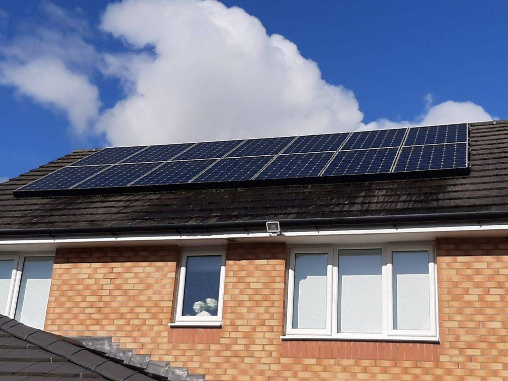 clean solar panels Scotland